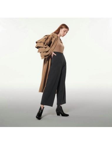 Παλτό γυναικείο με βολάν μανίκια